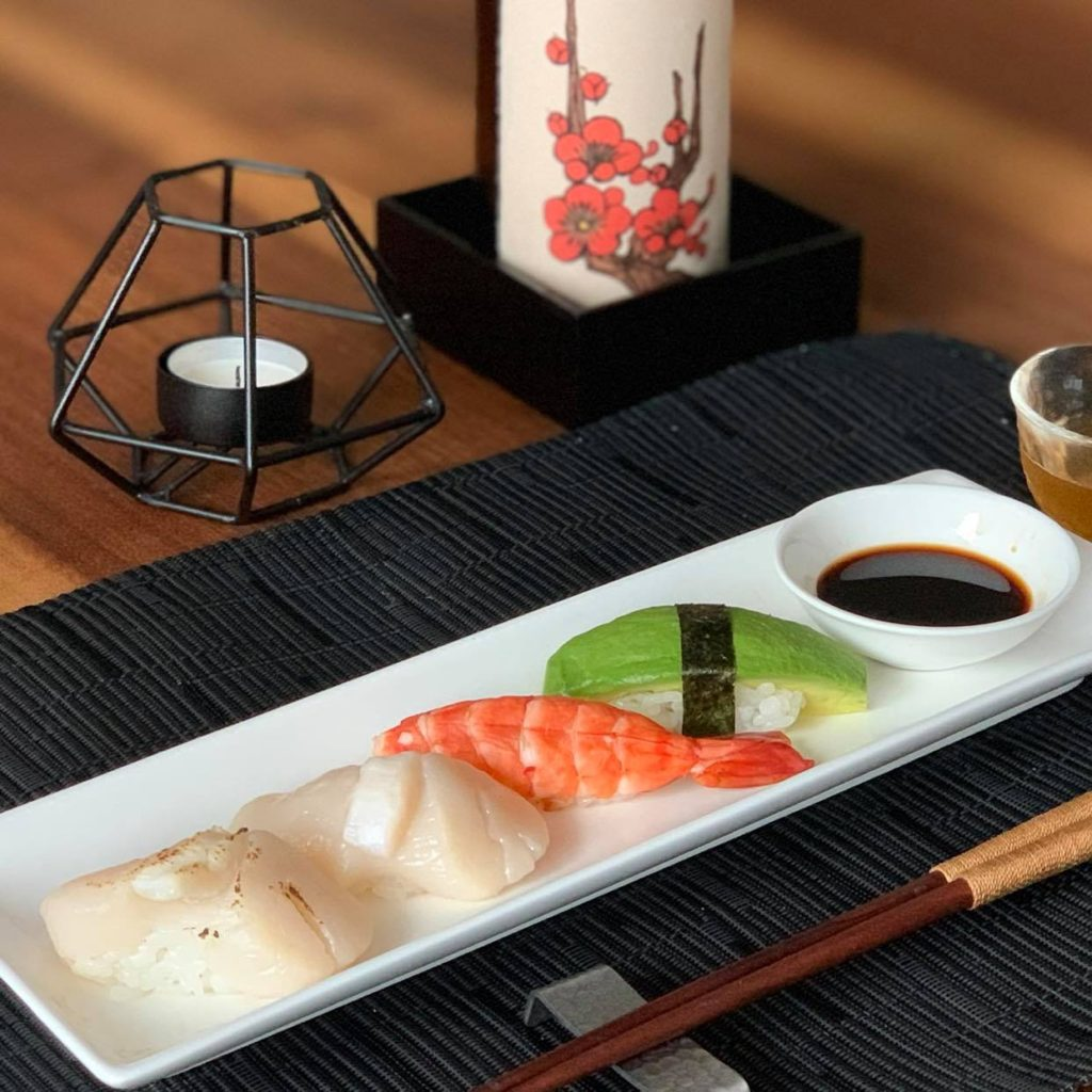 Nigiri sushi with shrimps and scallop