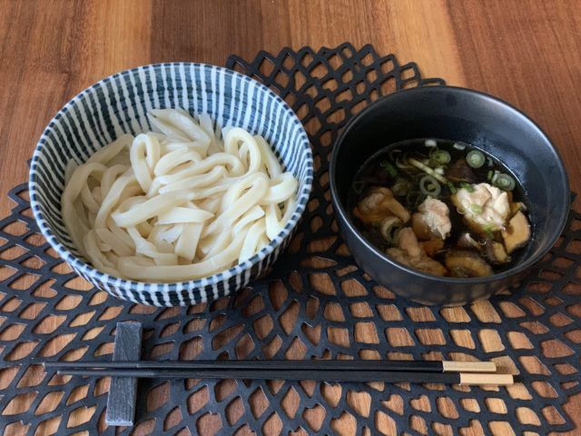 house made udon with dip sauce
