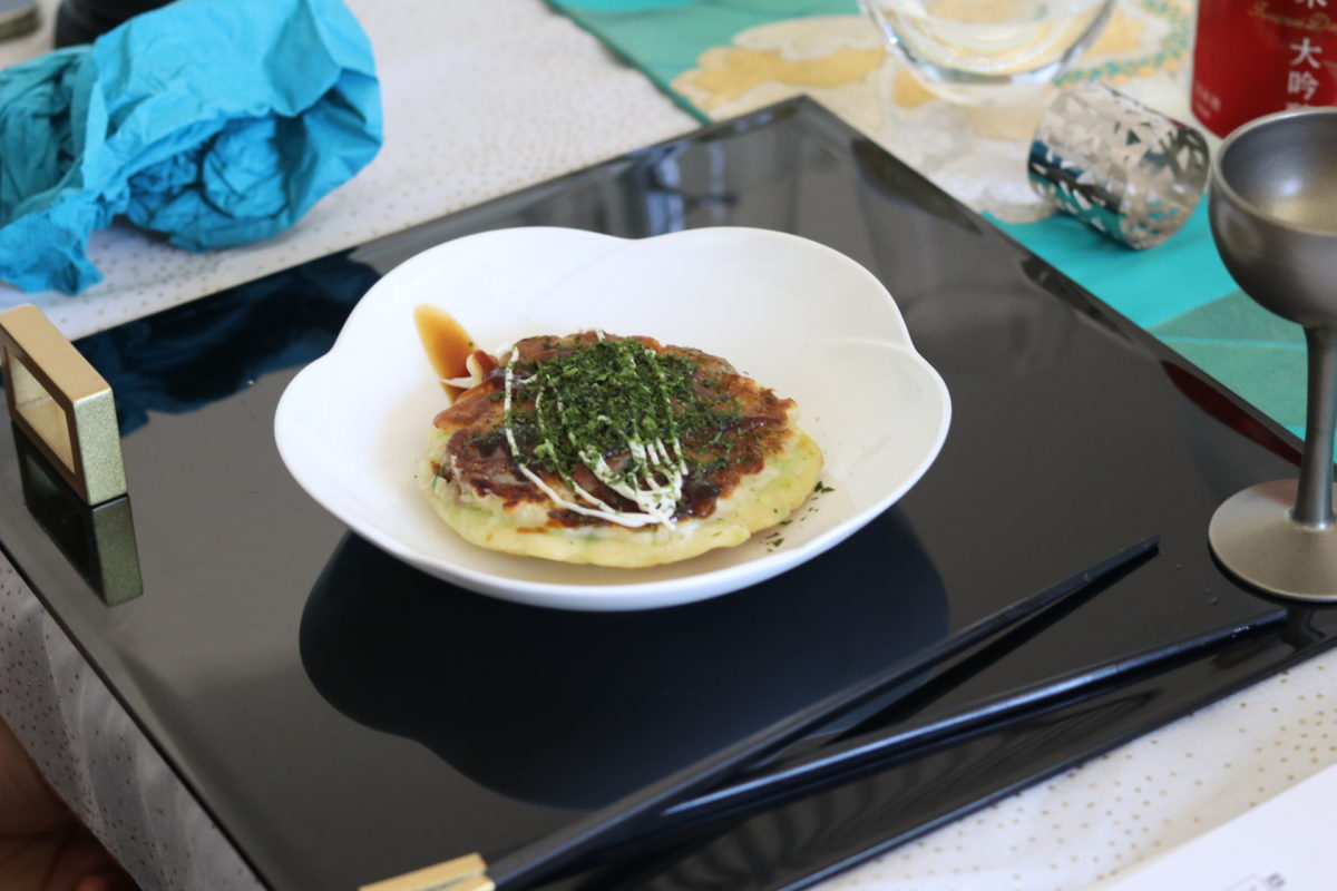Japanese cooking (Okonomiyaki) in June 2019