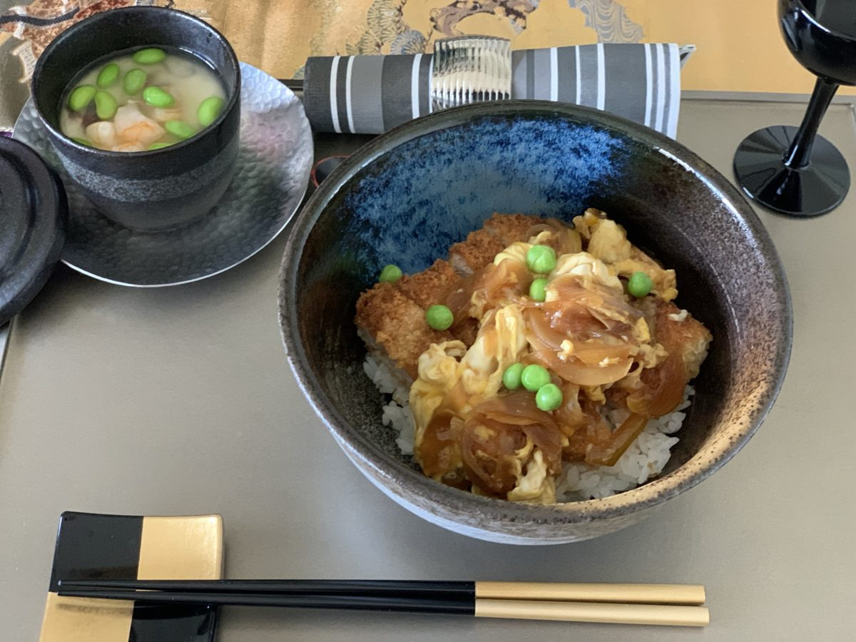 Japanese cooking (Katsudon) in July 2020